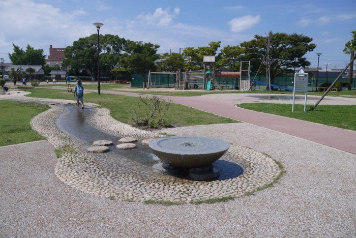 萩市児童館の外